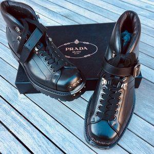 Prada Pull UP Winter Hiking trailing boots new